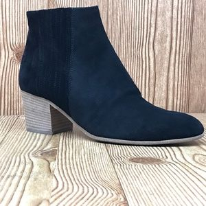 Vince Haider Chelsea Boots